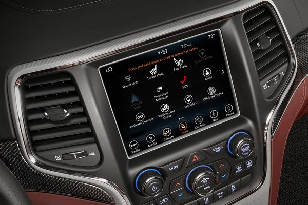 2018-jeep-grand-cherokee-feature-interior-technology-uconnect-multimedia-centres_75eaaba4092425d2f90ced0e075c6085-desktop