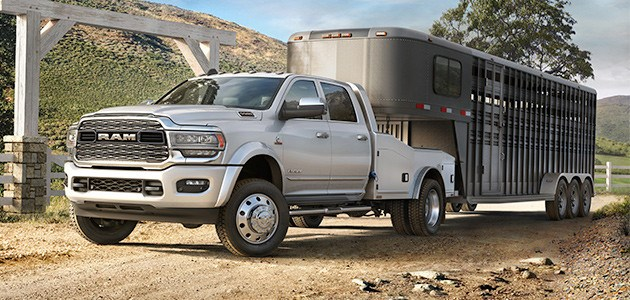 2019-ram-chassis-cab-vehicle-navigation-630x300