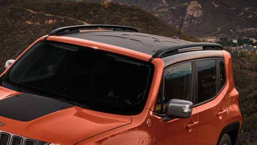 Jeep-Renegade-Exterior-Overview-Wraparound-Black-Roof.jpg.image.20
