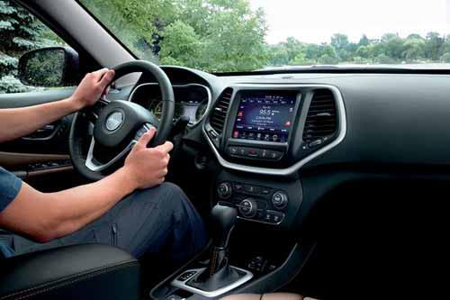 Jeep_Cherokee_Technology_SIRIUSXM_SATELLITE_RADIO_web