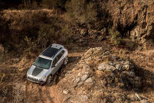 Jeep_Cherokee_Capability_TRAIL_RATED_CAPABILITY_web