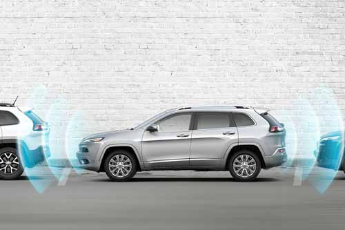 Jeep_Cherokee_Safety_PARKING_ASSISTANCE_web