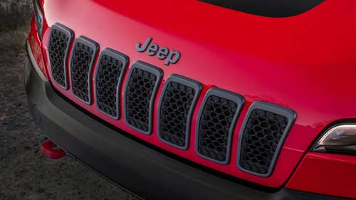 Jeep-Cherokee-Limited-Exterior-Grille-web