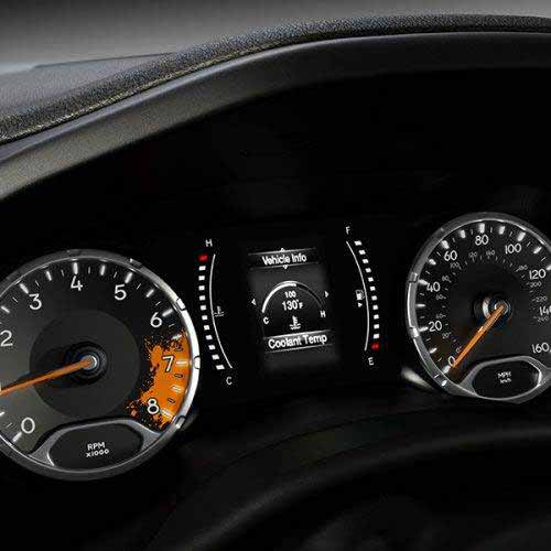 Jeep-Renegade-VLP-Key-Features-Sport-Personalized-Instrument-Cluster-web