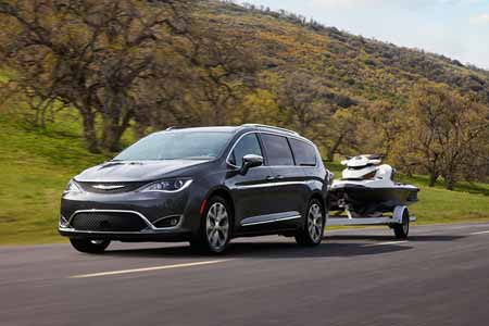 Chrysler-Pacifica-Performance-Features-handling