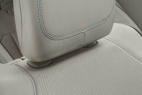 Chrysler-Pacifica-Hyb-Interior-Features-premium-comfort