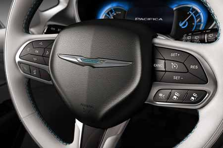 Chrysler-Pacifica-Hyb-Safety-Features-cruise-ctrl