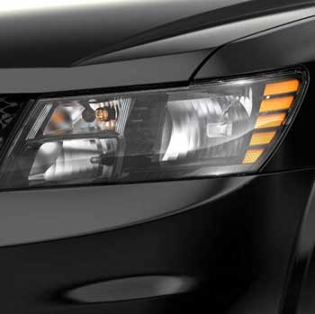 dodge-journey-exterior-features-headlampbezel