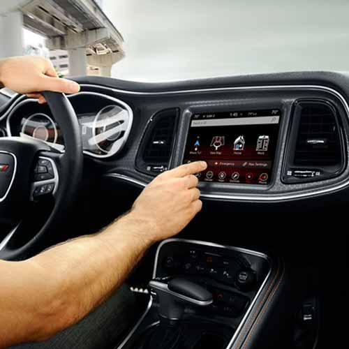 Dodge-Challenger-Key-features-1