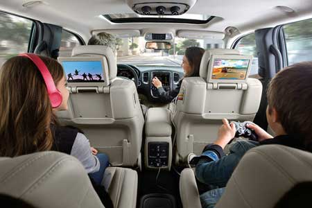 Dodge-Durango-Interior-2nd-row