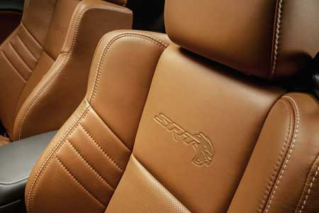 dodge-charger-interior-feature-personalized-comfort