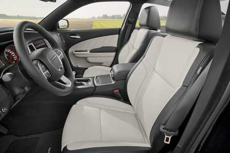 dodge-charger-interior-feature-make-yourself-comfortable