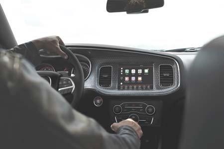 dodge-charger-tech-feature--informed-entertained-safely-connected