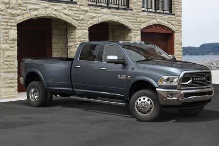 ram-3500-feature-safety-parking