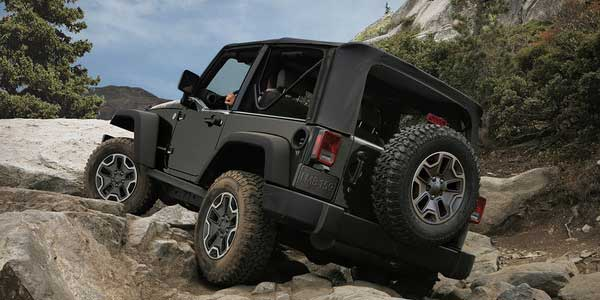 jeep-4x4-ROCK_CRAWLING