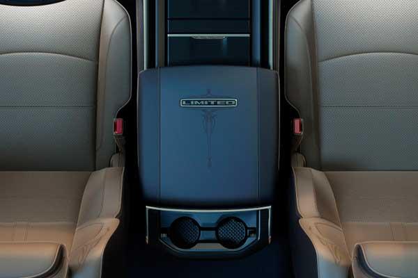 2019-ram-3500-interior-console