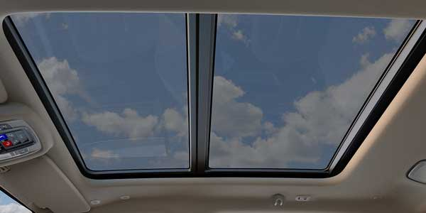 2019-ram-1500-interior-dual-sun-roof-narrow