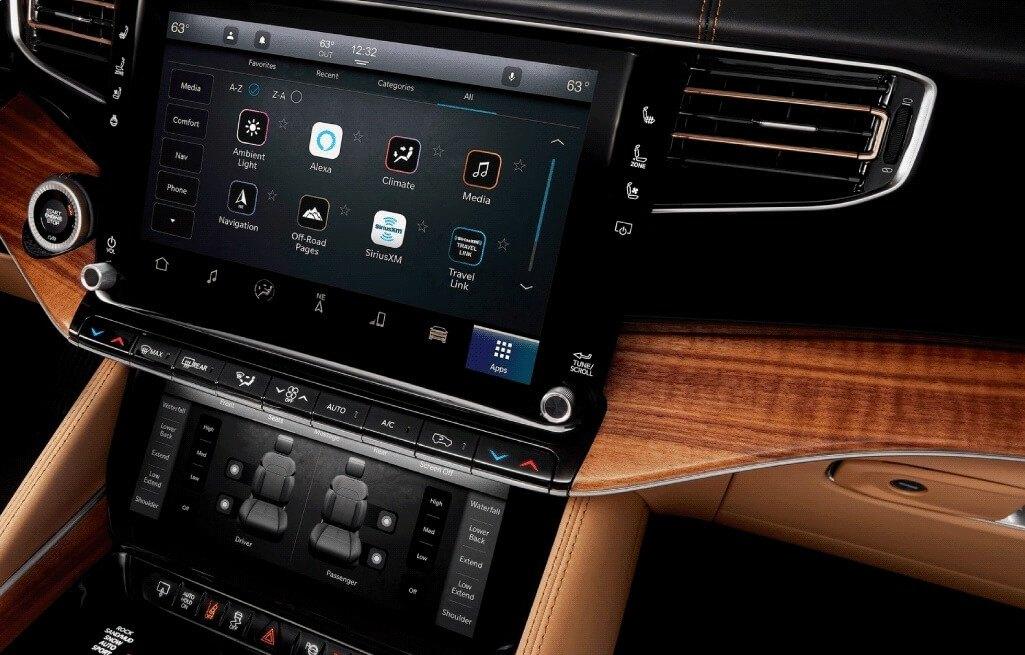 Jeep Grand Wagoneer Interior Infotainment